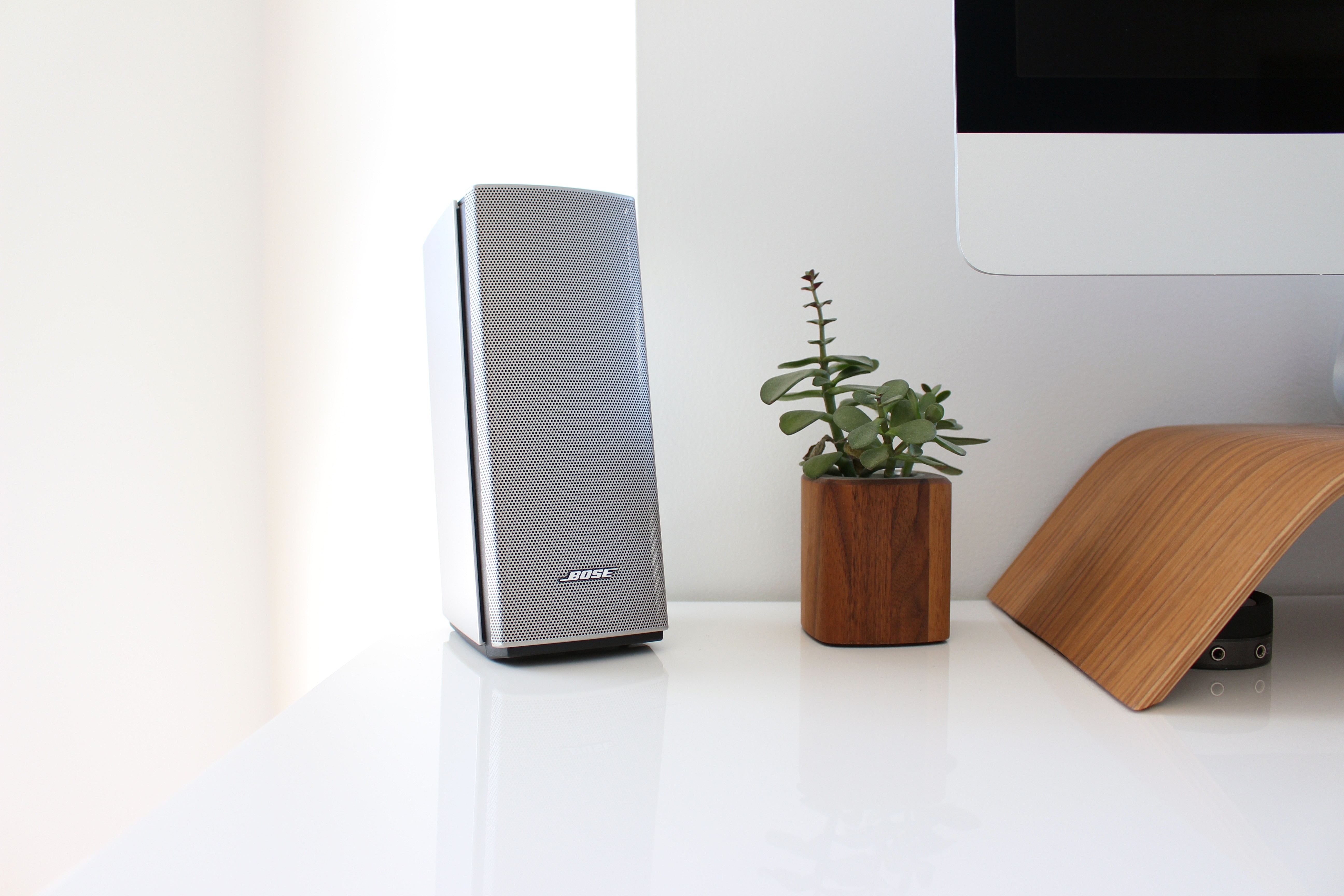 Top 8 Best Computer Speakers Under  On The Market 2021 Reviews